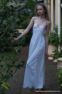 Enchanting nightgown- Sublime seduction Lingerie